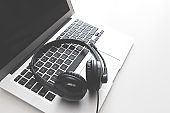 Support headset and laptop in call center