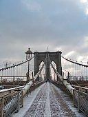 SWEET COLD WINTER AT BROOKLYN BRIDGE