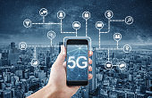 5G internet networking technology and big data on mobile smart phone