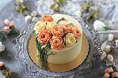 'Footstalk' Buttercream Flower Cake - Top View