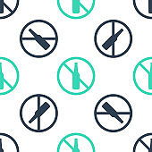 Green No alcohol icon isolated seamless pattern on white background. Prohibiting alcohol beverages. Forbidden symbol with beer bottle glass. Vector