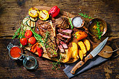 Beef steak with grilled vegetables and seasoning