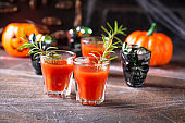 Halloweens drink bloody Mary cocktail
