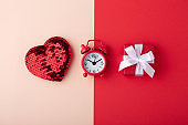 Glitter heart with clock and red gift box