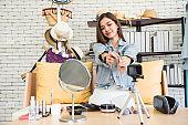 Internet influencer live daily make-up