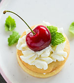 Small dessert with whipped cream