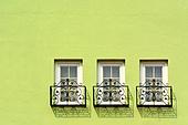 창문과 벽