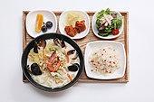 음식,파스타,퓨전요리,식단,치킨샐러드,오렌지,포도