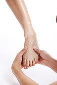 발,몸,사람손,사람발,사람다리,건강관리,발마사지,지압,문지르기