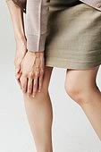 무릎통증,사람손,몸,여성,만지기,고통,사람무릎,관절염