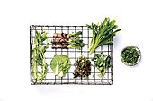 소품,음식,바구니,음식재료,나물,두릅,봄나물,원추리,날것,채식,채소