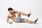 한국인, 웨이트트레이닝 (근육강화운동), 근육질 (Human Build), 사이드크런치