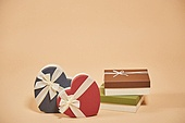 선물 (인조물건), 선물상자 (상자), 갈색 (색상)