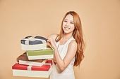 한국인, 여성 (성별), 선물 (인조물건), 밝은표정