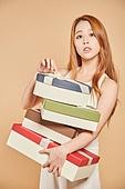 한국인, 여성 (성별), 선물 (인조물건), 풀기