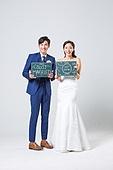 한국인, 결혼, 신랑, 신부 (결혼식역할), 웨딩드레스 (드레스), 결혼식, 미소, 행복