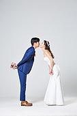 한국인, 결혼, 신랑, 신부 (결혼식역할), 웨딩드레스 (드레스), 키스 (입사용)