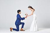 한국인, 결혼, 신랑, 신부 (결혼식역할), 웨딩드레스 (드레스), 부케, 결혼식, 허락, 행복, 무릎꿇기