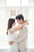 한국인, 신랑, 신부 (결혼식역할), 결혼 (사건), 커플 (인간관계), 행복, 사랑 (컨셉), 대만족 (컨셉), 웨딩드레스
