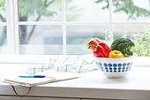 채소, 부엌 (방), 창문 (인조물건), 햇빛