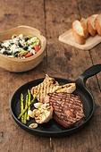 쇠고기 (붉은고기), 스테이크, 육류 (음식), 음식, 식사, 프라이팬 (냄비)