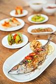 식사, 음식, 한국음식 (아시아음식), 고등어구이, 식탁