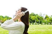 한국인, 여성, 대학생, 헤드폰 (오디오장비), 음악, 듣기 (감각사용), 대학교