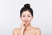 성인여자, 뷰티, 깨끗함 (좋은상태), 미녀 (아름다운사람), 얼굴 (사람머리), 한국인, 아름다움