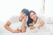 한국인, 부부, 커플, 아침, 잠, 남성, 여성, 신혼부부, 행복 (컨셉), 귀여움 (물체묘사), 미소