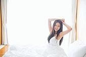 한국인, 여성, 아침, 기상 (움직이는활동), 기지개, 숙면, 미소