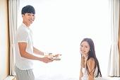 한국인, 부부, 커플, 아침, 잠, 남성, 여성, 아침식사, 미소, 신혼부부