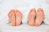 맨발 (물체묘사), 사람발 (몸), 커플 (인간관계), 부부, 커뮤니케이션문제 (커뮤니케이션), 발바닥