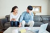 한국인, 부부, 커플, 자산관리, 금융, 미소