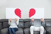 한국인, 부부, 커플, 이혼, 갈등, 문제, 하트, 깨짐, 헤어짐 (사랑의어려움)