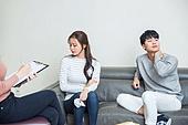 한국인, 부부, 커플, 이혼, 갈등, 문제, 조언 (컨셉), 불만, 회피 (움직이는활동)