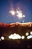 스파클러, 밤 (시간대), 감성 (감정), 커플 (인간관계), 사랑 (컨셉)
