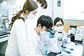 한국인, 대학생, 과학실험 (사건), 생명공학, 연구 (주제), 현미경, 검사, 화학 (과학)