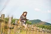 한국인, 여성, 여행, 혼자여행 (여행), 여유로운주말 (레저활동), 휴식, 책