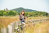 한국인, 여성, 여행, 혼자여행 (여행), 여유로운주말 (레저활동), 지도