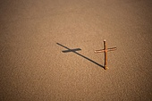 십자가,부활절,고난주간,사순절,나무십자가,해변,모래
