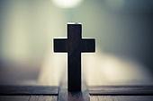 십자가,부활절,고난주간,사순절,나무십자가,빛,어둠,햇살