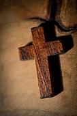십자가,부활절,고난주간,사순절,나무십자가,나무,원목,빛,어둠