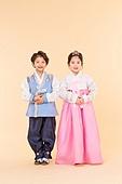 한국인, 어린이 (인간의나이), 한복, 전통문화 (주제), 한국명절 (한국문화), 미소, 예절 (컨셉)