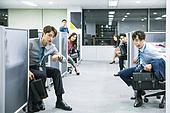 한국인, 사무실 (업무현장), 출퇴근 (여행하기), 준비 (컨셉), 긴급 (컨셉)