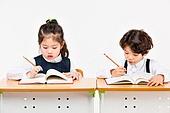 한국인, 어린이 (인간의나이), 초등학생, 학생, 수업중 (교육), 공부 (움직이는활동), 집중