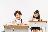 한국인, 어린이 (인간의나이), 초등학생, 학생, 수업중 (교육), 공부 (움직이는활동), 미소