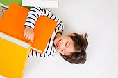 한국인, 어린이 (인간의나이), 초등학생, 교육 (주제), 스트레스, 눕기 (몸의 자세), 미소