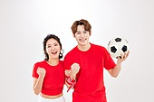 커플 (인간관계), 월드컵축구 (스포츠이벤트), 대한민국 (한국), 환호 (말하기), 축구공, 들어올리기 (물리적활동), 화이팅