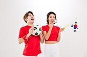 커플 (인간관계), 월드컵축구 (스포츠이벤트), 대한민국 (한국), 환호 (말하기), 축구공, 들어올리기 (물리적활동), 태극기