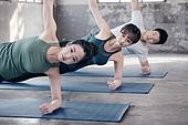 한국인, 여성, 남성, 요가, 요가수업 (요가), 스트레칭, 운동, 사이드플랭크자세 (요가), 플랭크자세 (요가)